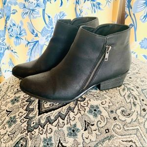 ⭐️Black Ankle Boots